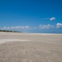 Het uitgerekte strand bij Hoorn
