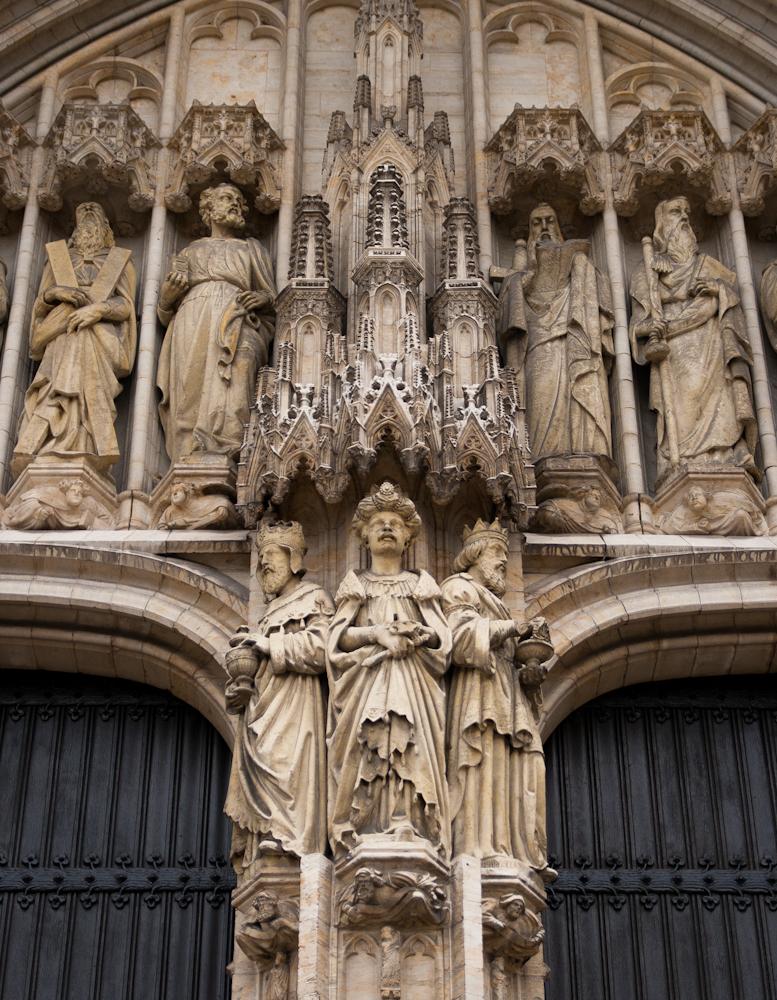 Ingang van de sintt michiels en goedelekathedraal in brussel - Decoreer een gang ingang ...